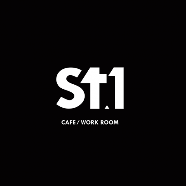 St.1 CAFÉ & WORK ROOM